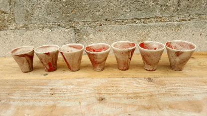 Tasses à café rouges